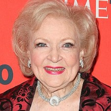 betty_white_startraks--300x300
